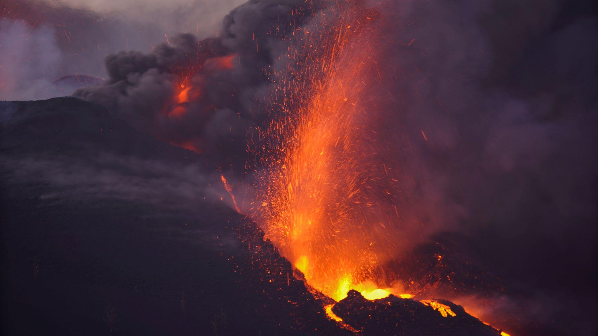西班牙火山愈發激烈  科學家再發現兩處大型缺口