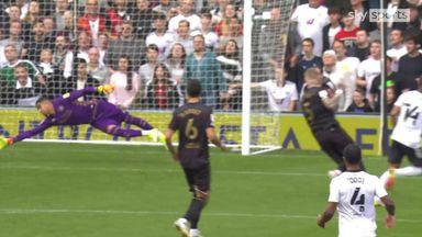 Decordova-Reid extends Fulham's lead