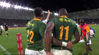 Mapimpi's try puts Boks in front