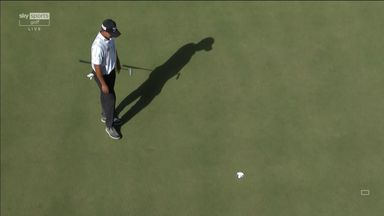 Kim misses out on birdie after long wait