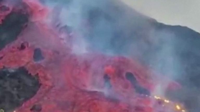 La Palma volcano forces new lockdowns as lava engulfs constructions