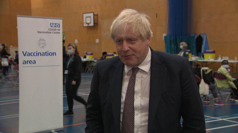 Boris Johnson at vaccinatrion centre
