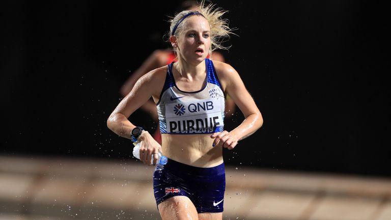 Charlotte Purdue running in the women's marathon at the World Championships in Qatar in 2019