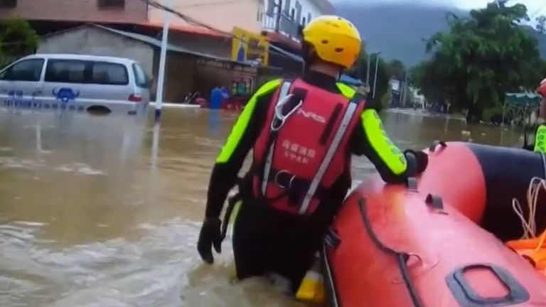 Rescue teams in flood hit Wanning City in China