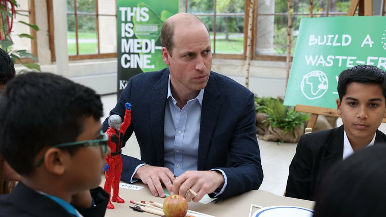 The Duke Cambridge with children from The Heathlands School during a visit to the Royal Botanic Gardens, Kew, in south London, to take part in a Generation Earthshot event. Picture date: Wednesday October 13, 2021