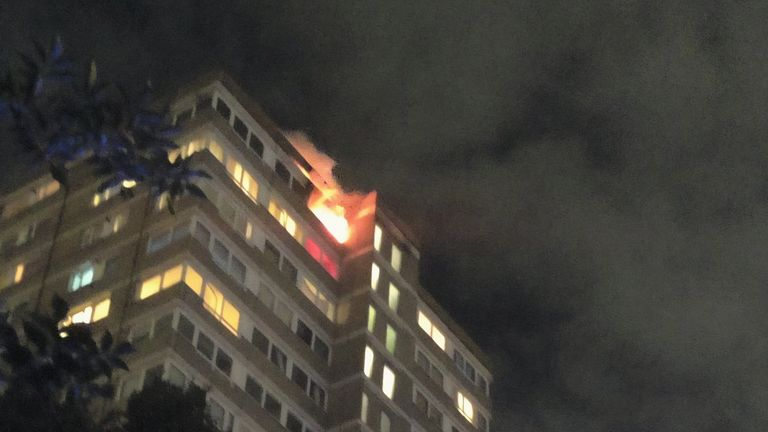 The fire destroyed a flat on the 20th of a tower block on Westbridge Road in Battersea. Pic: @AkashDe69028264