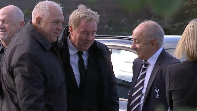 Football stars attend Jimmy Greaves funeral.