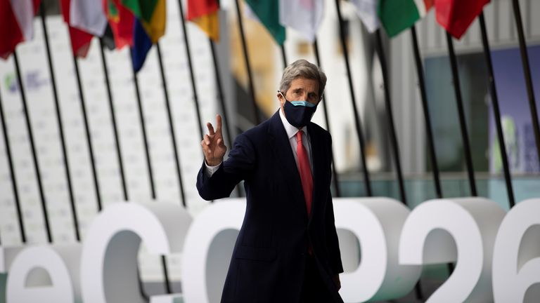 U.S. Special Presidential Envoy for Climate John Kerry arrives to attend the Youth4Climate pre-COP26 conference in Milan, Italy, September 30, 2021. Ministero Transizione Ecologica/Handout via REUTERS ATTENTION EDITORS THIS PICTURE WAS PROVIDED BY A THIRD PARTY. NO ARCHIVES. NO RESALES. MANDATORY CREDIT.