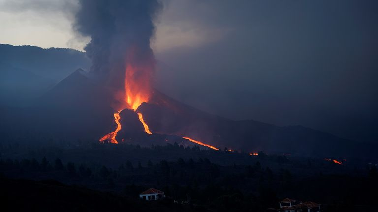 The Cumbre Vieja volcano continues to erupt on the Canary Island of La Palma, as seen from Tacande, Spain, October 9, 2021. REUTERS/Juan Medina