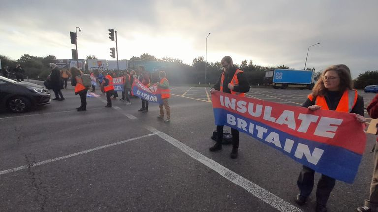 The protesters returned to the M25 despite an injunction which threatens them with prison terms