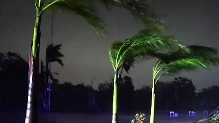 Hurricane Rick makes landfall in Mexico