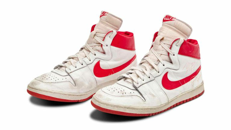 The shoes were worn by the star in his rookie season for the Bulls