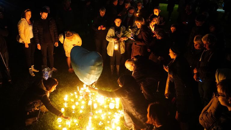 Hundreds of people attended a candlelit vigil in memory of Sir David on Saturday night