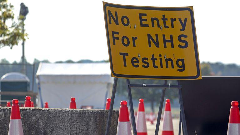 A sign directing traffic to a NHS Coronavirus testing centre near Newbury.