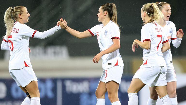 Ella Toone celebrates with England team-mates
